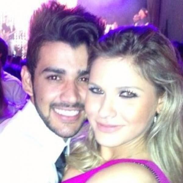 Gusttavo Lima se declara à namorada: