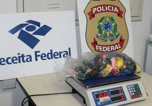 Polícia encontra haxixe escondido dentro de brinquedos