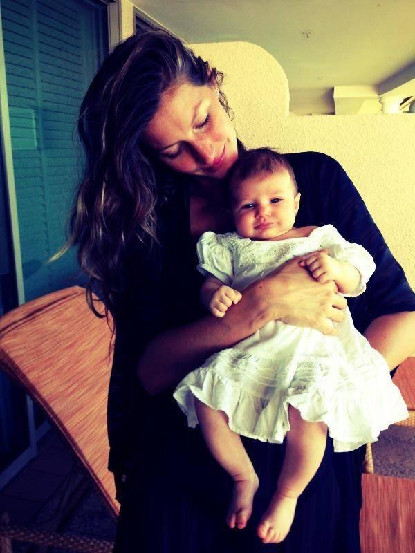 Top Gisele Bündchen mostra a filha em rede social:
