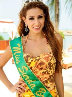 Paranaense eleita Miss Surda Brasil é formada em duas faculdades