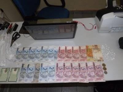 Polícia apreende drogas e dinheiro em Demerval Lobão