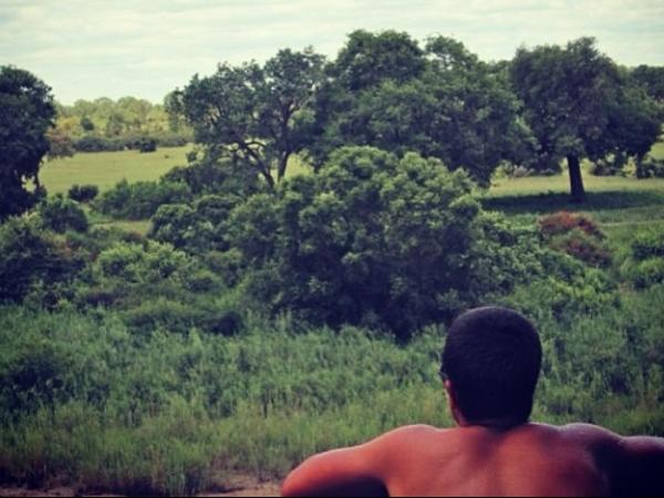 Filho de Edson Celulari e Claudia Raia posta fotos de viagem à África do Sul
