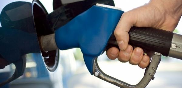 Governo publica decisão de elevar mistura de etanol na gasolina