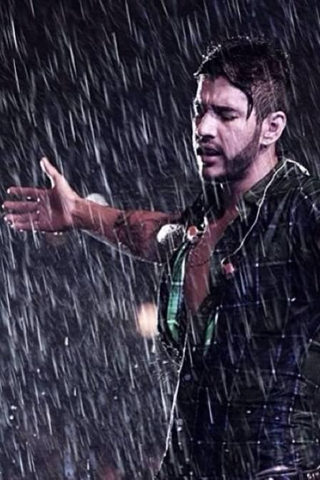 Gusttavo Lima canta debaixo de tempestade para mais de 20 mil pessoas