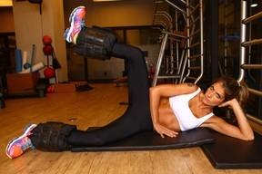 Carol Magalhães, pesando 49 kgs, mostra treino: