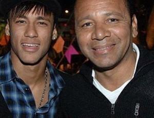 Pai de Neymar se reunirá com Peixe e aprova renovação de filho