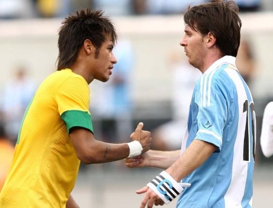 Vídeo que compara Messi a Neymar bomba na internet; assista