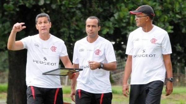 Flamengo economiza 2 milhões por mês com novo técnico e mudanças