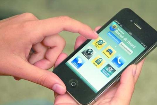 Pagamento por smartphone requer muita atenção