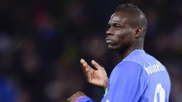 Balotelli, autor de golaço, lamenta chances perdidas, se dá nota seis e elogia Neymar