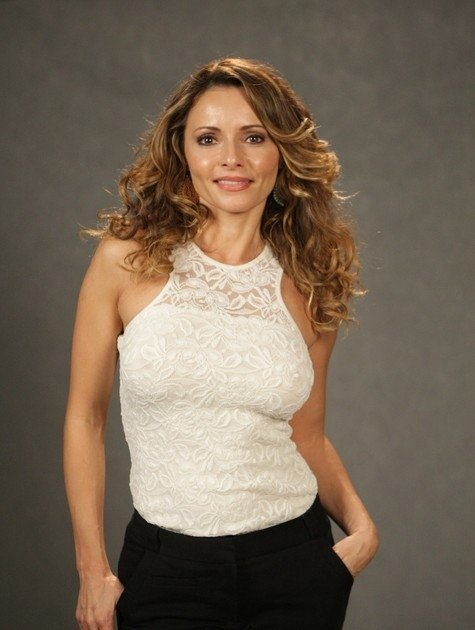 Aos 41 anos, Rita Guedes conta que pais ainda cobram que ela se case