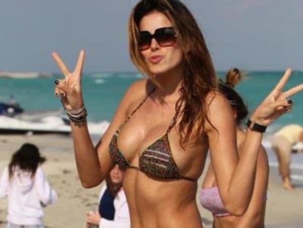 Ex de craque do Real aproveita bem o sol de Miami