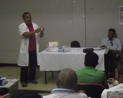 IV CRS prepara profissionais para novo teste de leishmaniose