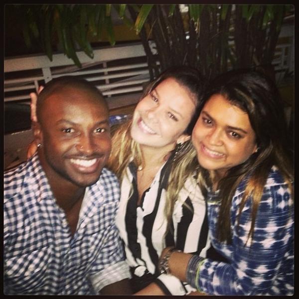 Preta Gil janta com Thiaguinho e Fernanda Souza: