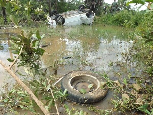 Automóvel capota na PI-113, mata idoso e deixa duas pessoas em estado grave