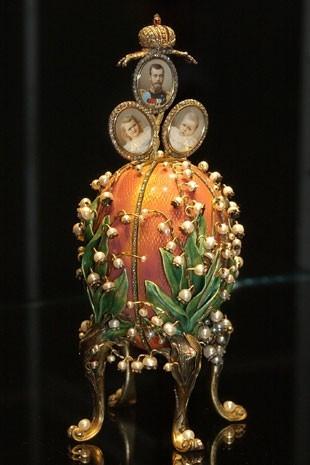 Feitos de ouro e diamante, ovos de Páscoa milionários traziam