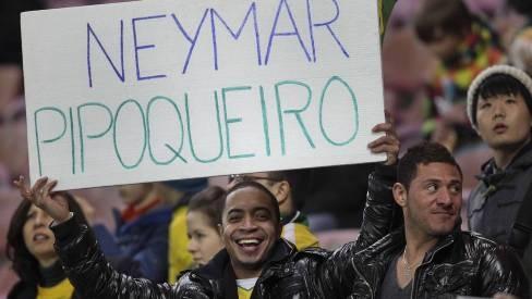 Para Parreira, atuação de Neymar é prejudicada pela marcação europeia