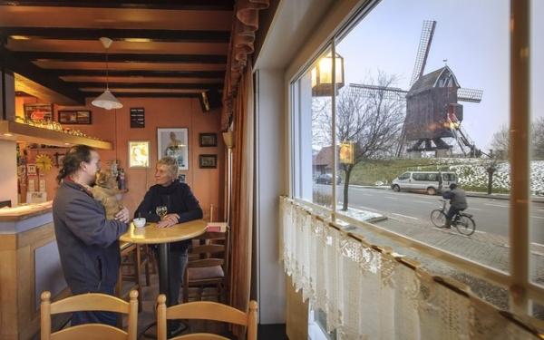 Cerveja produzida por monges acelera economia na Bélgica