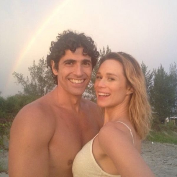 Amizade? Gianecchini posta foto com Ximenes e arco-íris ao fundo