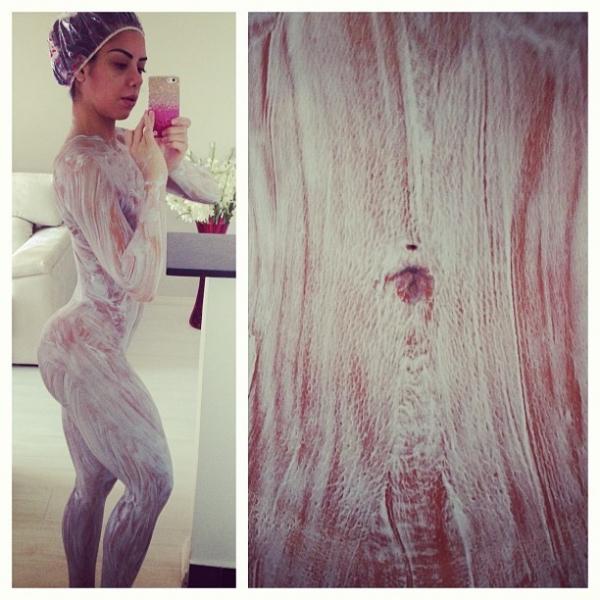 Graciella Carvalho posta foto e mostra corpo nu coberto de descolorante