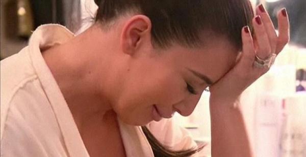 Kim Kardashian vai para hospital com medo de ter sofrido um aborto