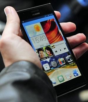 Número de smartphones triplicará no mundo até 2018, diz pesquisa