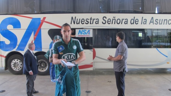 Presidente do Palmeiras promete reforçar segurança dos jogadores