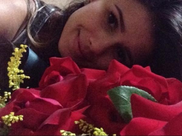 Namoro da cantora Paula Fernandes ferve com presente especial