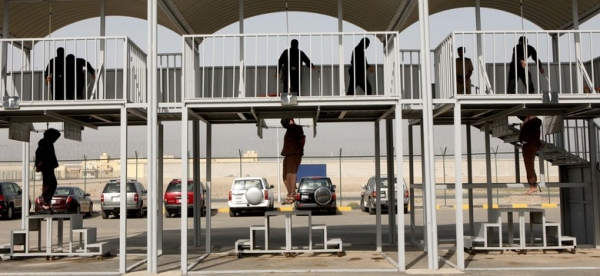 Três homens culpados por assassinato são enforcados no Kuait