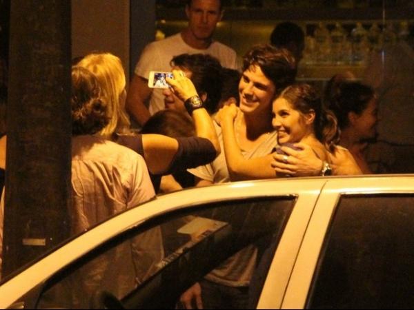 Rômulo Neto comemora os seus 26 anos com Cleo Pires e famosos