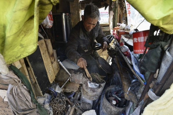 Artista de rua chinês inventa
