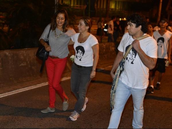 Cissa Guimarães reinaugura túnel com o nome do filho morto no local