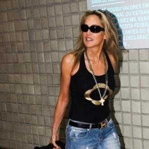 Sharon Stone processa ex-babá que estava movendo ação contra ela