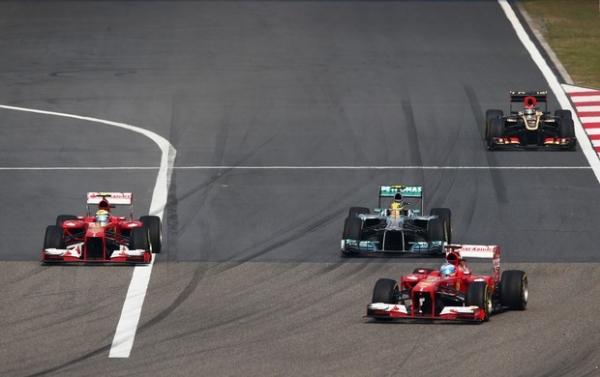 Impecável, Alonso leva GP da China com tranquilidade; Massa fica em 6º