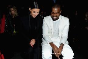 Kim Kardashian pode dar à luz em Paris, diz site