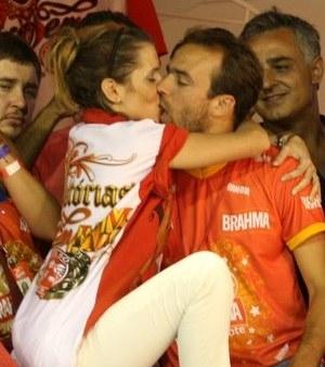 Deborah Secco e Roger Flores se separam após quatro anos de casamento
