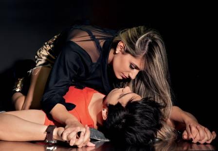 Luan Santana faz ensaio quente com a namorada e já fala em casamento