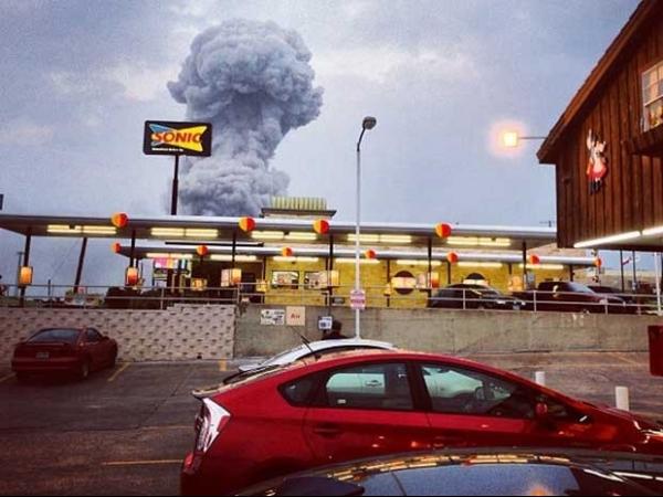 Explosão em fábrica de fertilizantes devasta o Texas, mata 5 e deixa mais de 160 pessoas feridas