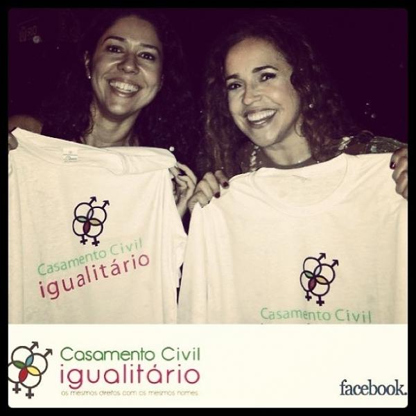 Daniela Mercury posa para campanha em prol do casamento civil igualitário