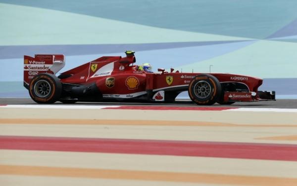Felipe Massa fica à frente de Alonso em dobradinha da Ferrari no 1º treino livre