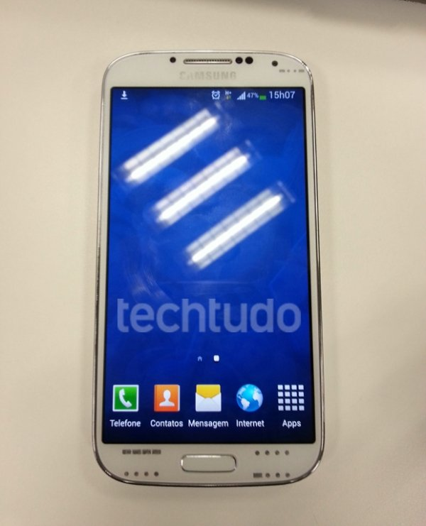 Galaxy S4 no Brasil já está à venda; saiba quanto o produto custará no país