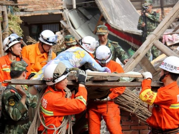 Número de mortos por terremoto na China chega 160; 6,7 mil ficaram feridos