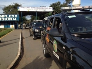 Após 18h de rebelião em presídio de GO, presos decidem se entregar