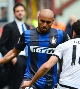 Evoluindo na Inter, Jonathan dá assistência em vitória sobre ex-time
