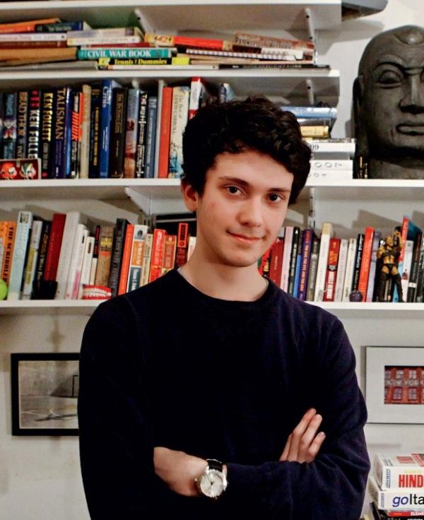 Jovem de 17 anos diz como aprendeu 23 línguas