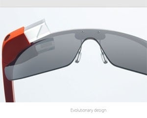 Executivo diz que Google Glass levará um ano para ser lançado ao público