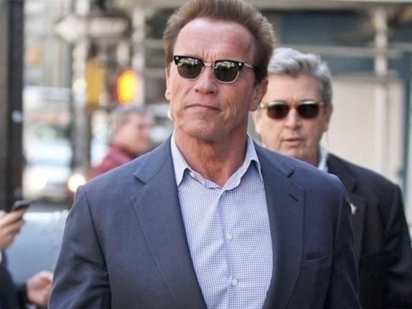 Schwarzenegger exige carro blindado e 4 seguranças em período no Brasil