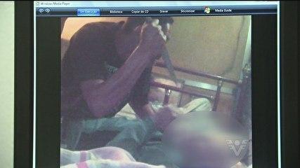 Webcam ligada registra roubo e homem sendo esfaqueado