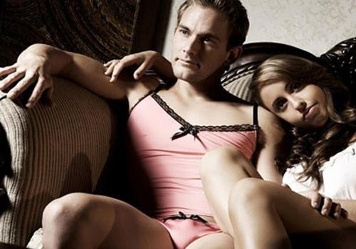 Empresa lança peças de lingerie exclusivas para homens usarem