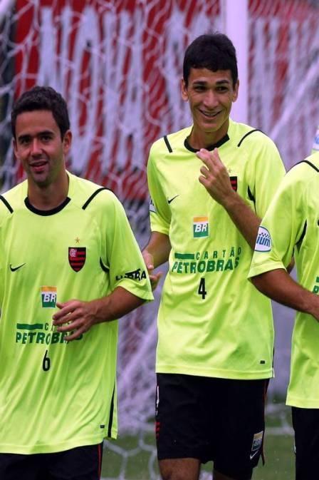 Angelim e mais ex-atletas cobram R$ 10 milhões do Fla na Justiça